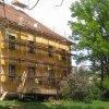 Štědrá - zámek | východní část jižního průčelí zámecké budovy - květen 2012