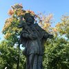 Ostrov - socha sv. Jana Nepomuckého | přední strana plastiky světce - září 2013
