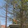 Chyše - železný kříž   přední strana kříže - duben 2011