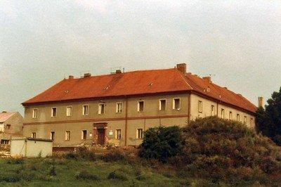 Chyše - karmelitánský klášter | bývalý karmelitánský klášter koncem 20.století