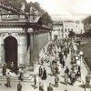 Karlovy Vary - Mlýnská kolonáda | prostor před Mlýnskou kolonádou na pohlednici z roku 1942