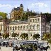 Karlovy Vary - Lázeňský dům (Lázně III) | Lázeňský dům na kolorované pohlednici z doby roku 1900