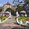 Karlovy Vary - hotel Imperial | průčelí hotelu Imperial na kolorované pohlednici z roku 1944