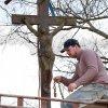 Záhořice - železný kříž   renovace železného kříže u Záhořic - duben 2012
