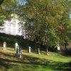 Karlovy Vary - Mozartův park | náhrobky významných osobností v parku - říjen 2011