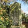 Sedlec - památník osvobození | zadní strana kamenného pomníku - říjen 2010