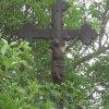 Mirotice - Kauznův kříž | poškozený vrcholový kříž - červen 2013