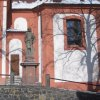 Valeč - socha sv. Jana Křtitele | socha sv. Jana Křtitele na terase u kostela - únor 2012