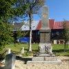 Boží Dar - pomník obětem 1. světové války | přední strana pomníku obětem 1. světové války v Božím Daru po rekonstrukci - říjen 2013