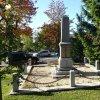 Boží Dar - pomník obětem 1. světové války | zadní strana pomníku obětem 1. světové války v Božím Daru po rekonstrukci - říjen 2013
