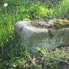 Semtěš - pískovcový kříž | situace objeveného rozvaleného podstavce pískovcového kříže v lesíku uprostřed polí - duben 2016