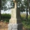 Semtěš - pískovcový kříž | obnovený pískovcový kříž u Semtěše - září 2017