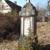 Hoštěc - pomník obětem 1. světové války | zchátralý pomník padlým v Hošťci - březen 2018