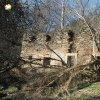 Sovolusky - Rohrerův mlýn | jižní vstupní průčelí hlavní obytné budovy zaniklého Rohrerova mlýna u Sovolusk - březen 2017