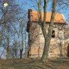 Verušičky - kaple Nejsvětější Trojice | jižní průčelí rekonstruované kaple Nejsvětější Trojice - březen 2016