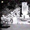 Korunní - pomník obětem 1. světové války | nově odhalený pomník obětem 1. světové války ve vsi Korunní v roce 1926