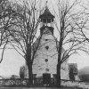 Tocov - kostel Navštívení Panny Marie | průčelí farního kostela v Tocově před rokem 1945