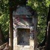 Kamenec - kaplička | kaplička před opravou v době kolem roku 2005