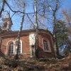 Kyselka - kaple sv. Anny | jihovýchodní průčelí zchátralé kaple sv. Anny - duben 2013