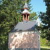 Maroltov - kaple | boční stěna obnovené kaple - září 2016