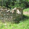 Popov - kaple | zbytky bývalé kaple od východu - květen 2011