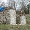 Popov - kaple | pozůstatky obecní kaple v zaniklé osadě Popov - březen 2014