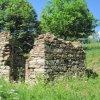 Popov - kaple | pozůstatky bývalé obecní kaple od jihu - květen 2011