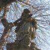 Horní Blatná - sloup se sochou sv. Jana Nepomuckého | sv. Jan Nepomucký - duben 2010