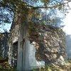 Vykmanov - kaple   torzo zdevastované kaple ve Vykmanově - září 2013