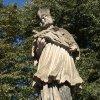 Jáchymov - socha sv. Jana Nepomuckého | vrcholová figurální plastika světce - říjen 2013