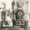 Radnice - kostel sv. Jakuba Většího | interiér kostela sv. Jakuba Většího s iluzivním hlavním oltářem v době před rokem 1945