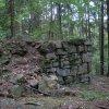 Oldřichov - lesní kaple (Flurlkapelle) | provalený levý zadní roh kaple - září 2010