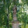 Manětín - socha sv. Jana Nepomuckého | socha sv. Jana Nepomuckého u kostela sv. Barbory v Manětíně - červenec 2010
