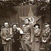 Karlovy Vary - pomník obětem 1. světové války | projevy při odhalení základního kamene pronesl ministr Nosek (vlevo), a podplk. Leontěv