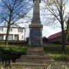Močidlec - pomník obětem 1. světové války | přední strana pomníku padlým - listopad 2014