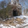 Lachovice - kaple Panny Marie | zchátralá kaple od jihovýchodu - únor 2011
