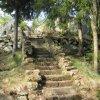 Nejdek - železný krucifix | přístupové schodiště ke kříži - duben 2011