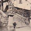 Kozlov - sousoší Nejsvětější Trojice | sousoší Nejsvětější Trojice a socha sv. Mořice v Kozlově na historické fotografii z roku 1935