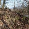 Šemnice - kaple | rozvalená jižní stěna pobořené kaple - březen 2014