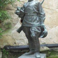 Žlutice - socha rudoarmějce