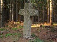 Luhov - smírčí kříž |