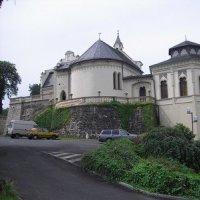 Doubí - hrad a zámek