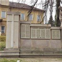 Bečov nad Teplou - pomník obětem 1. světové války