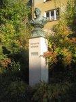 Březová - busta Theodora Körnera |
