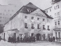 Karlovy Vary - Becherovo divadlo |