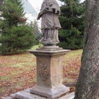 Boží Dar - socha sv. Jana Nepomuckého