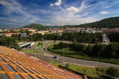17.-21. místo: Jakub Mikulášek - Výhed ze Střechy Magistrátu města Karlovy Vary (2009) - 26 hlasů
