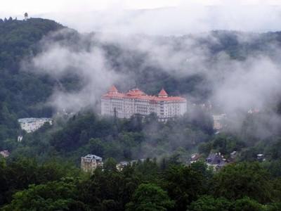 5. místo: Jakub Pampelišák Mikulášek - Město v mlze (Karlovy Vary, 2005) - 43 hlasů