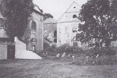 kostel Zvěstování Panny Marie v 90. letech 20. století