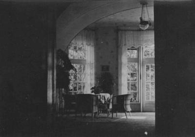interiér tzv. zimní zahrady v portiku před rokem 1945